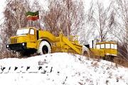 Скрепер Д-357 с бульдозером Т-140 Памятник строителям КАМАЗа