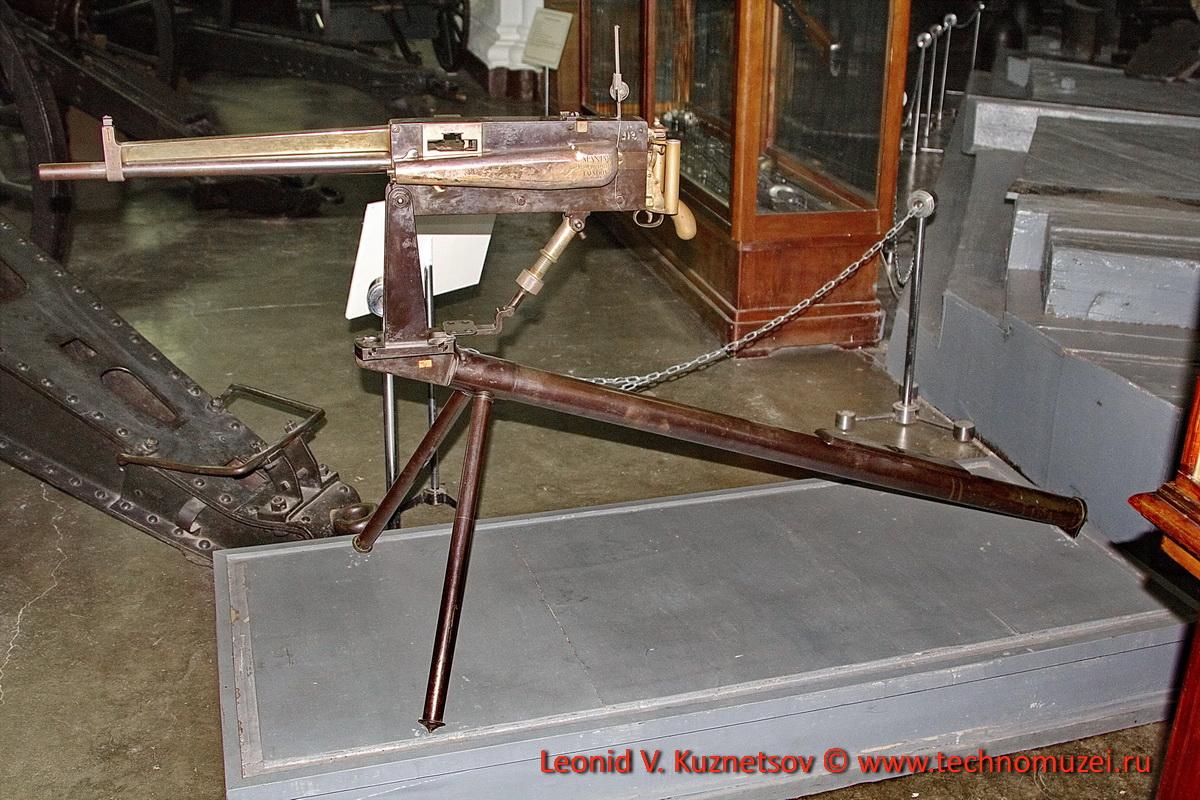 Станковый пулемет Максима с воздушным охлаждением в Артиллерийском музее