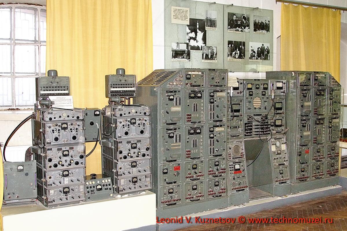 Начинка передвижного пункта связи в Артиллерийском музее