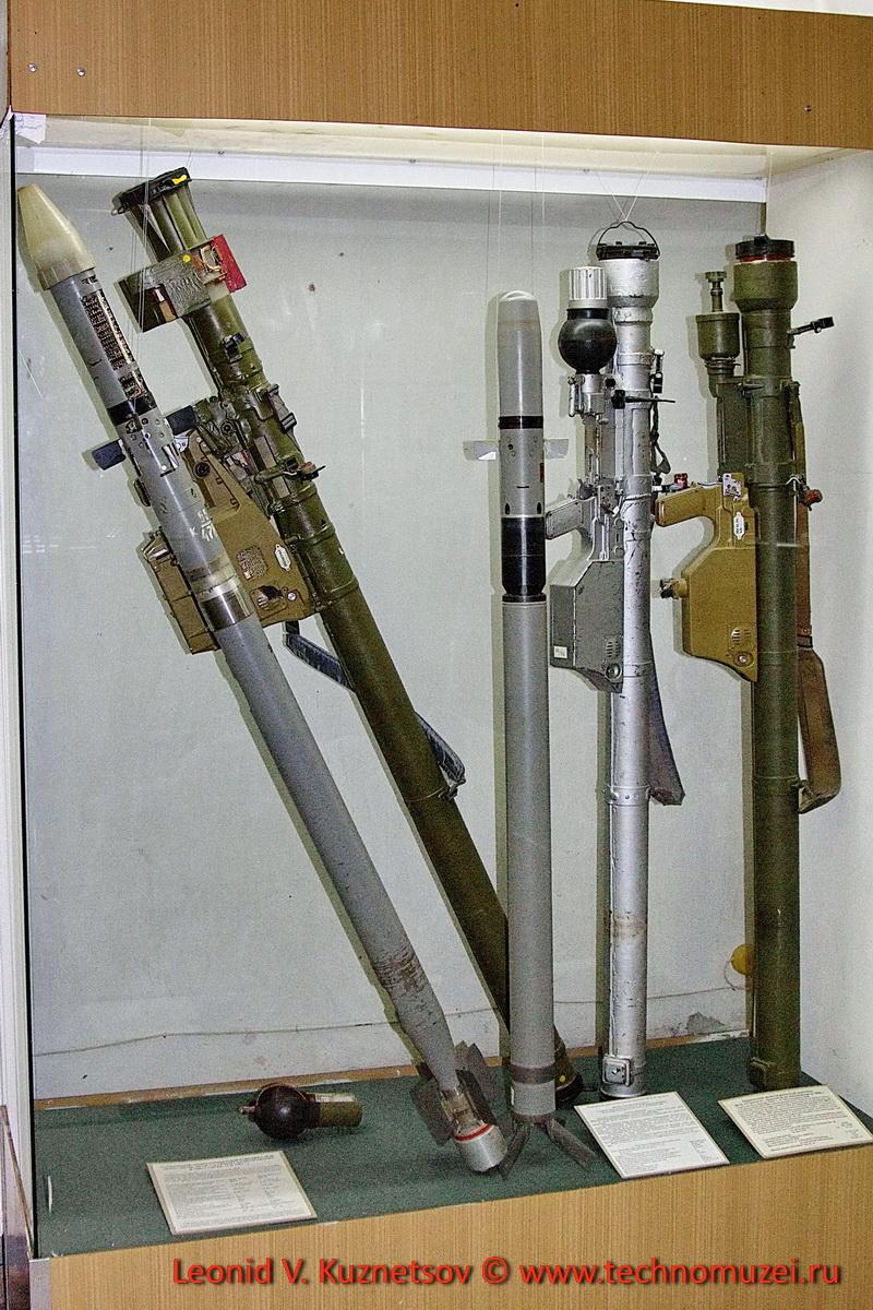 Зенитные ракетные комплексы Игла в Артиллерийском музее