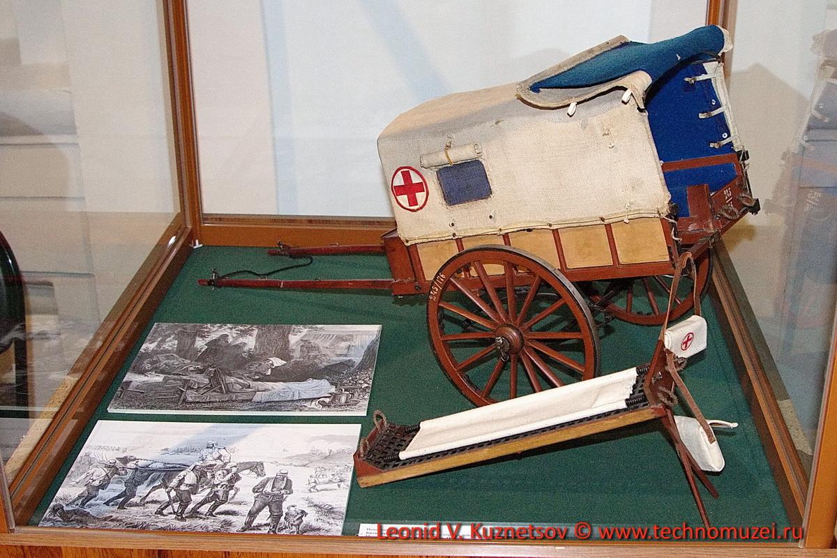 Модель санитарной повозки в Артиллерийском музее