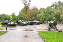 Экспозиция военной техники в Малоярославце