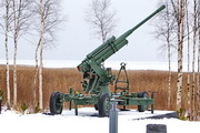 """52-К зенитная пушка памятник на мемориале """"Разорванное кольцо"""""""