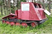 трелевочный трактор ТДТ-40 на выставке в городском парке Шарьи