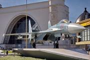 памятник самолету Су-27 на ВДНХ