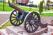 старинная пушка на Аллее железнодорожников в Венёве