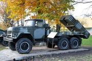 БМ-21 Град-1 у музея боевой Славы в Ярославле