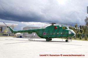 Вертолет Ми-8 в Парке Патриот
