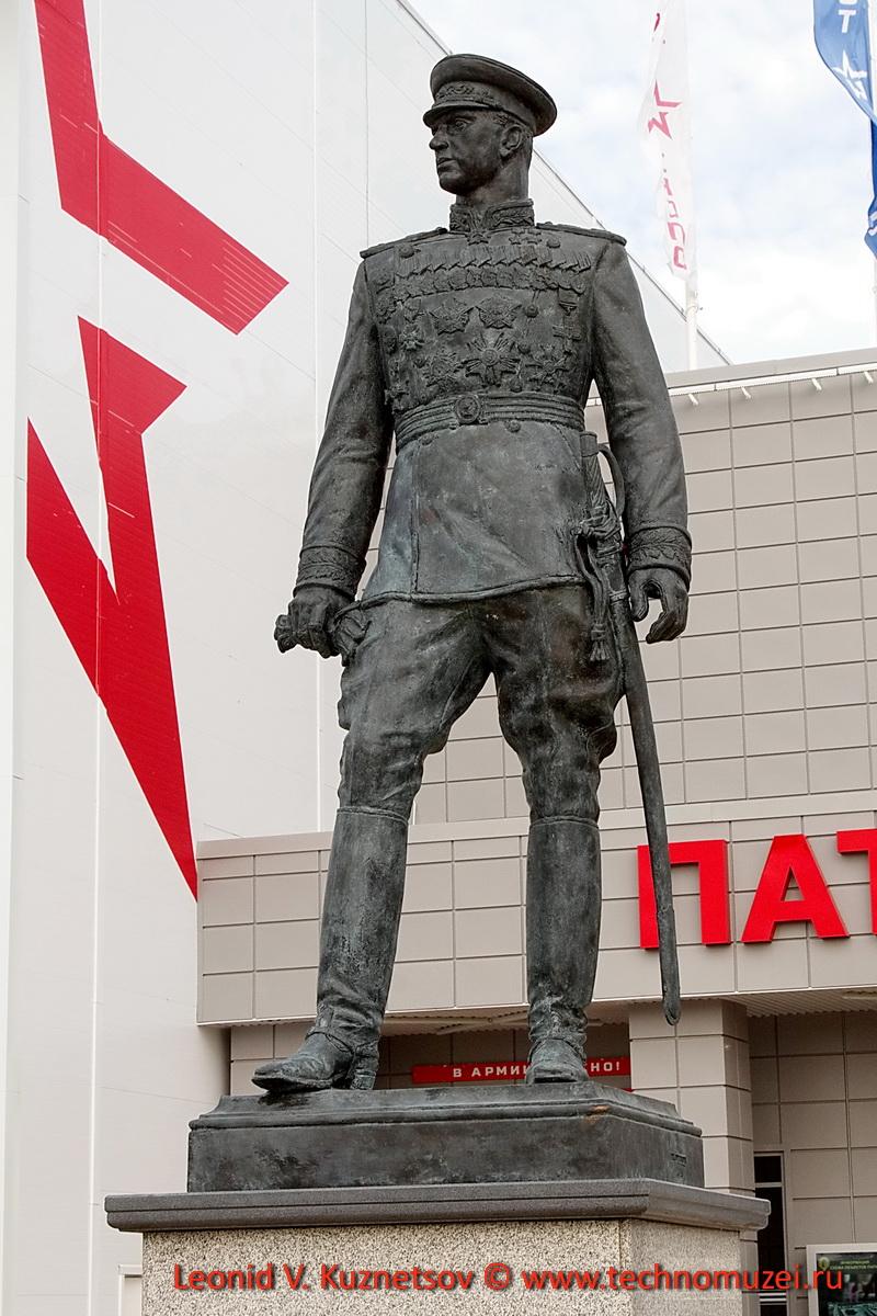 Памятник маршалу Рокоссовскому в Парке Патриот