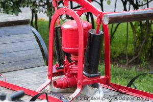 Ручной насос Густава Листа в музее пожарной техники в Иваново