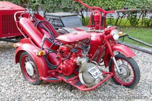 Пожарный мотоцикл Днепр-157П в музее пожарной техники в Иваново
