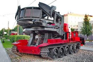 Котлованная машина МДК-2М в музее пожарной техники в Иваново