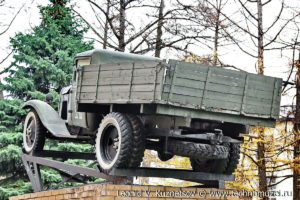Памятник грузовику ГАЗ-АА в Тимирязевской академии