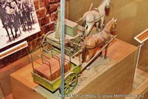 Макеты полевой кухни и фурьерской повозки начала XX века Музей Вооруженных Сил в Москве