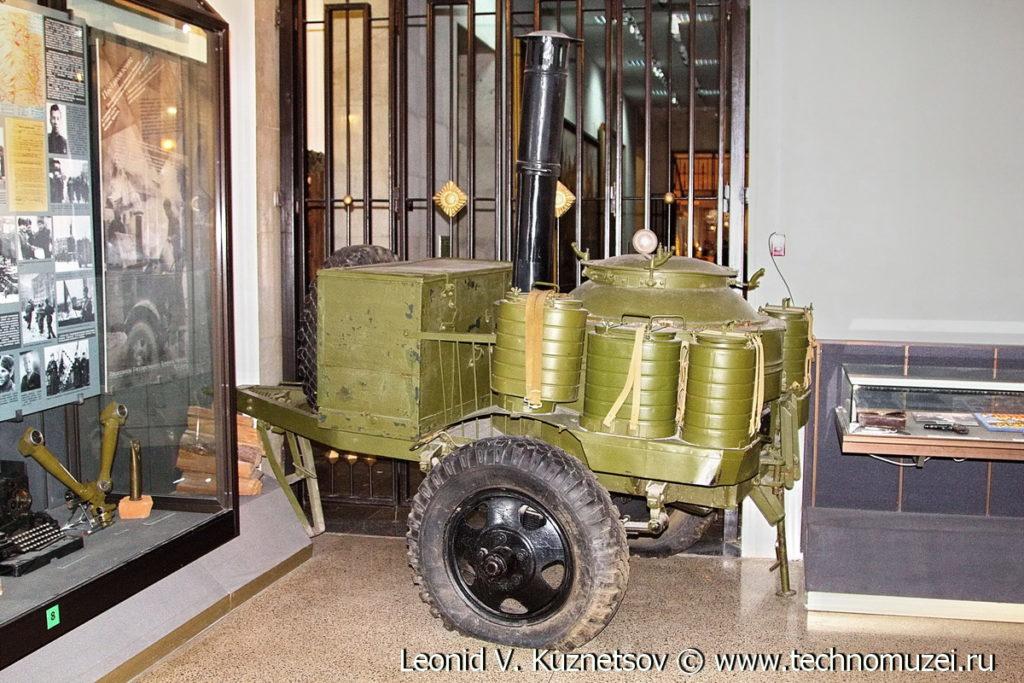 Походная кухня военного времени Музей Вооруженных Сил в Москве