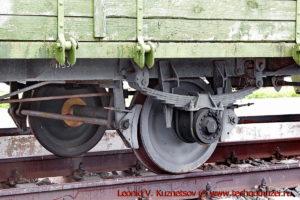 Двухосная платформа с зенитной пушкой 61-К бронепоезда на станции Чернь