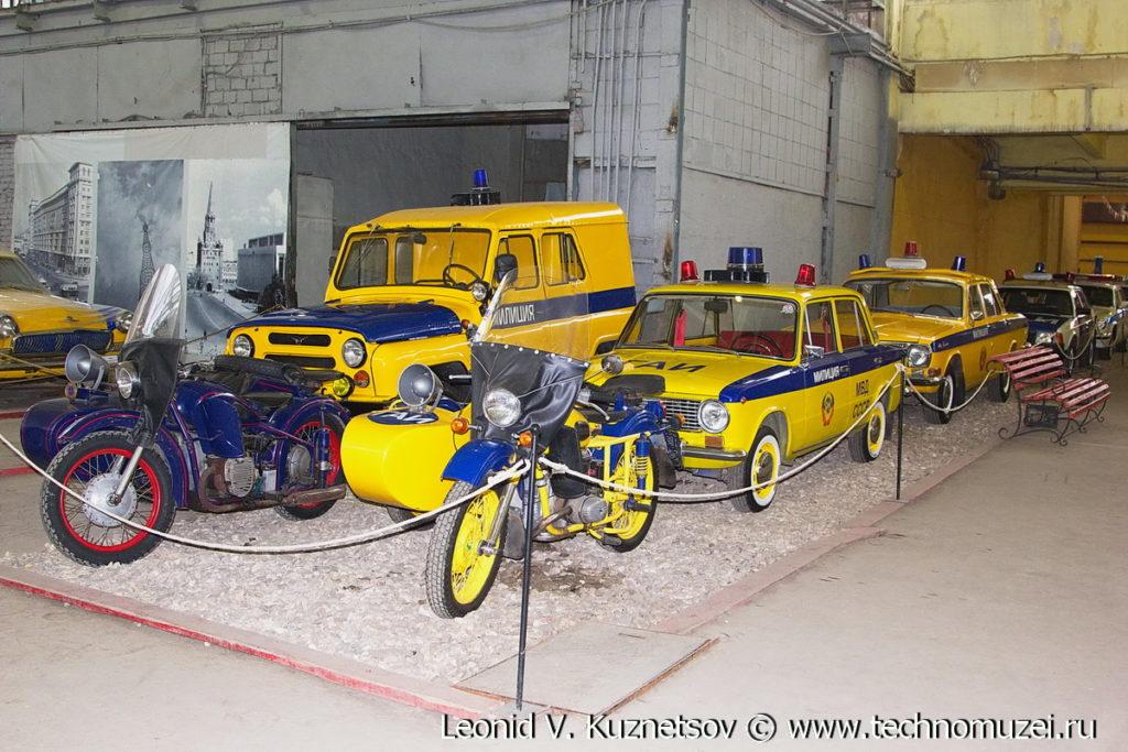 Автомобили из музея ГИБДД в музее Московский транспорт