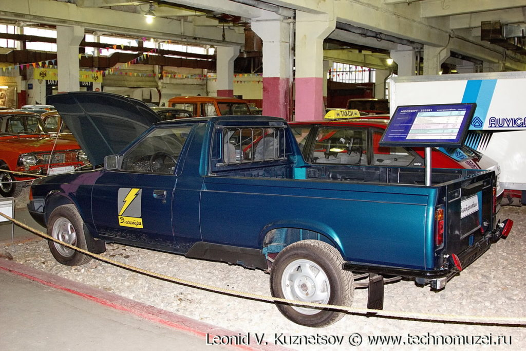 Москвич-2335Е1-Электро в музее Московский транспорт