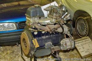 Двигатель ВАЗ для Москвич-214145 Святогор в музее Московский транспорт