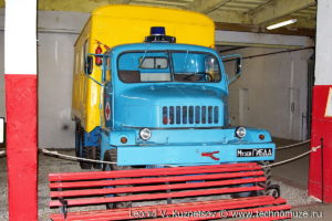 Флюоромобиль Praga-V3S из музея ГИБДД в музее Московский транспорт