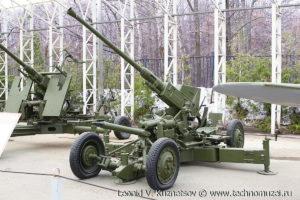 Зенитная пушка Бофорс в Музее на Поклонной горе