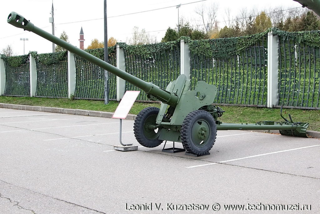 Пушка Д-44 в Музее на Поклонной горе