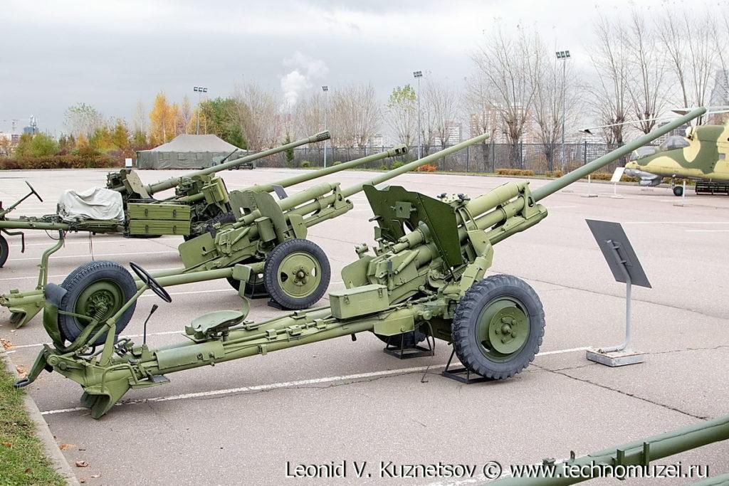 Самодвижущаяся пушка ЗиС-2СН в Музее на Поклонной горе