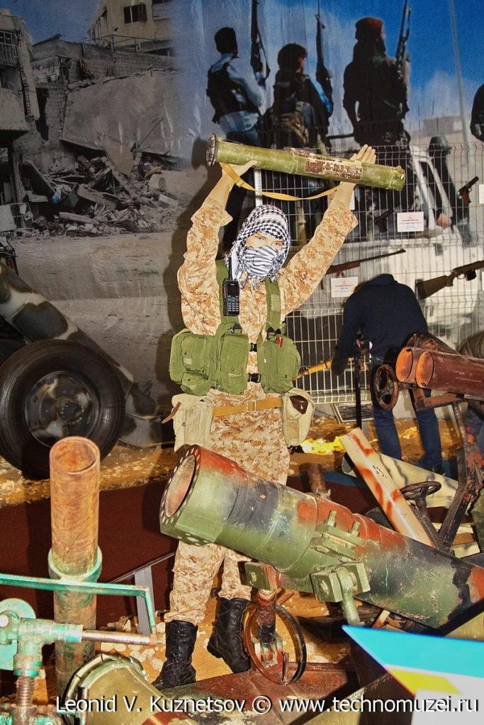 """Выставка """"Военная операция в Сирии"""" в парке Патриот"""