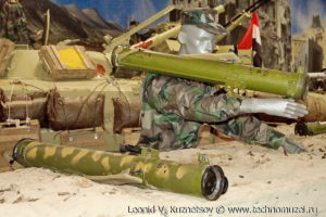 """Реактивный пехотный огнемет ПДМ-А на выставке """"Операция в Сирии"""" в парке Патриот"""
