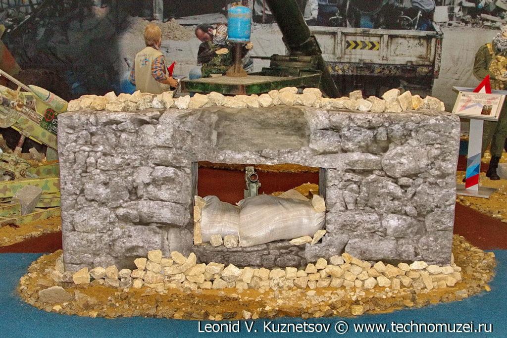"""Кустарный миномет захваченный у террористов на выставке """"Операция в Сирии"""" в парке Патриот"""