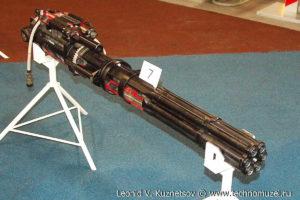 """Авиационная пушка ГШ-6-23 на выставке """"Операция в Сирии"""" в парке Патриот"""