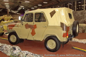 УАЗ-3151 в парке Патриот