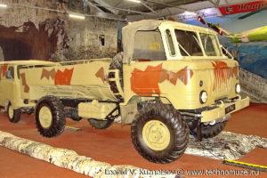 Десантируемый топливозаправщик ТЗ-2-66Д в парке Патриот