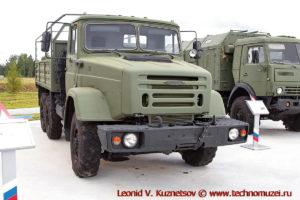 Грузовой автомобиль ЗиЛ-4334А1 Калам-1 в парке Патриот