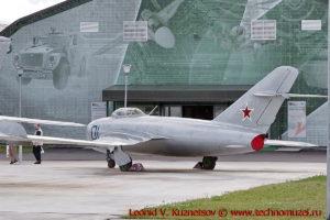 Истребитель МиГ-17 в парке Патриот