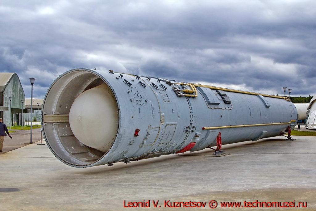 Межконтинентальная баллистическая ракета 15А35 в парке Патриот