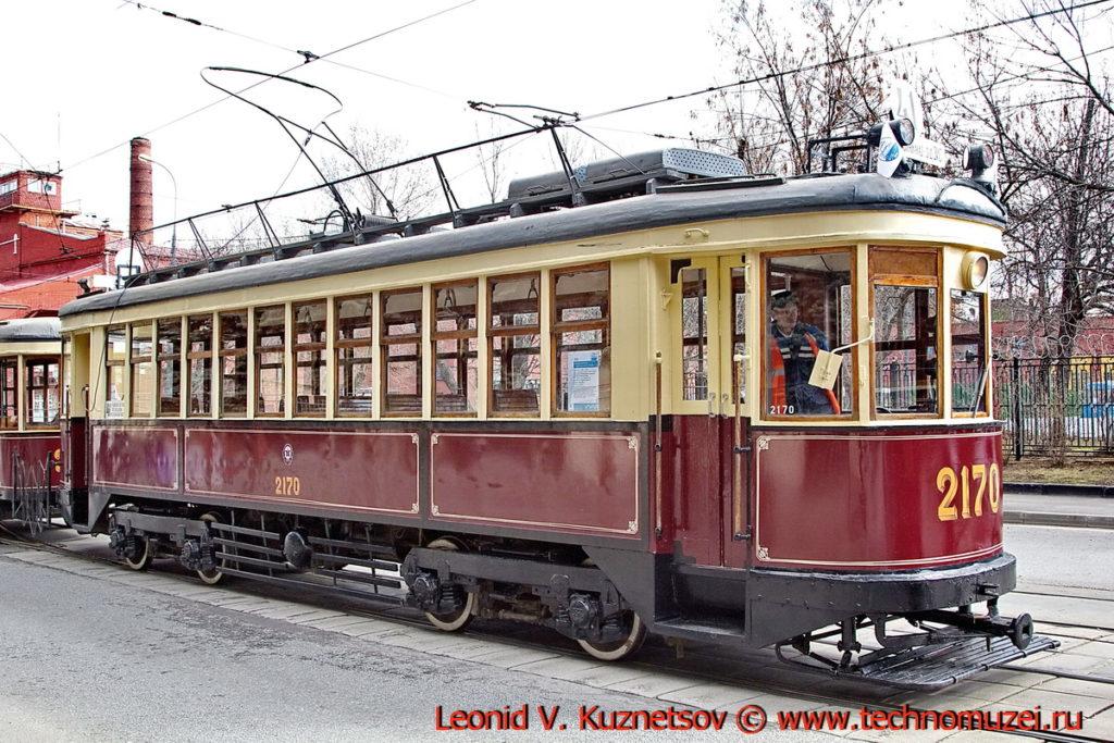 Трамвай КМ на параде трамваев в Москве