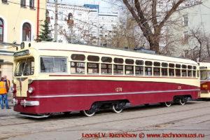 Трамвай МТВ-82 на параде трамваев в Москве