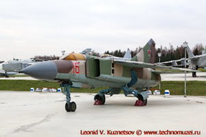 Истребитель МиГ-23МЛД в парке Патриот
