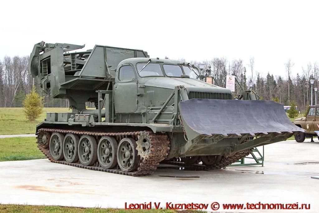Инженерная машина МДК-2 в парке Патриот