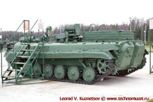 Бронированная ремонтно-эвакуационная машина БРЭМ-2 в парке Патриот