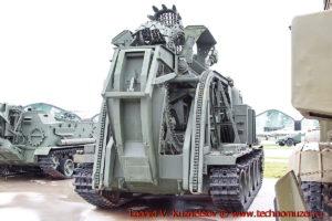 Быстроходная траншейная машина БТМ-3 в парке Патриот