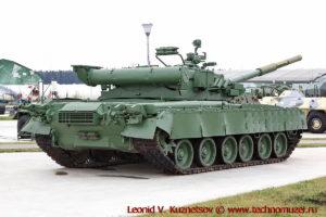 Танк Т-80БВ Объект 219РВ в парке Патриот