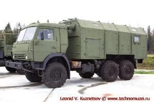 Грузовой автомобиль КАМАЗ-43114 с кузовом КУНГ в парке Патриот