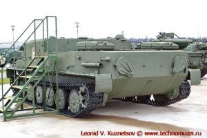 Командно-штабная машина БТР-50ПУ в парке Патриот