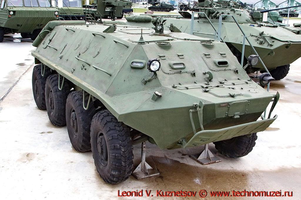 Бронетранспортер БТР-60ПА в парке Патриот
