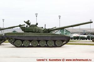 Танк Т-72А Объект 176 в парке Патриот