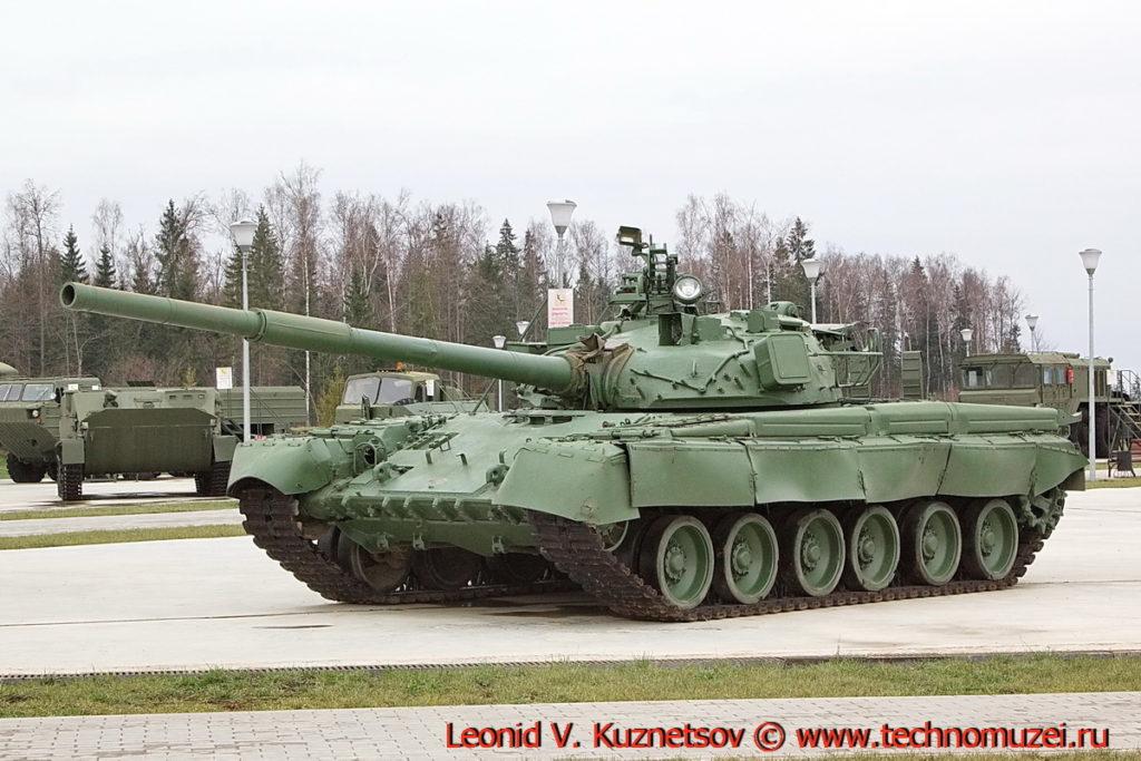 Танк Т-80 Объект 219 сп 2 в парке Патриот