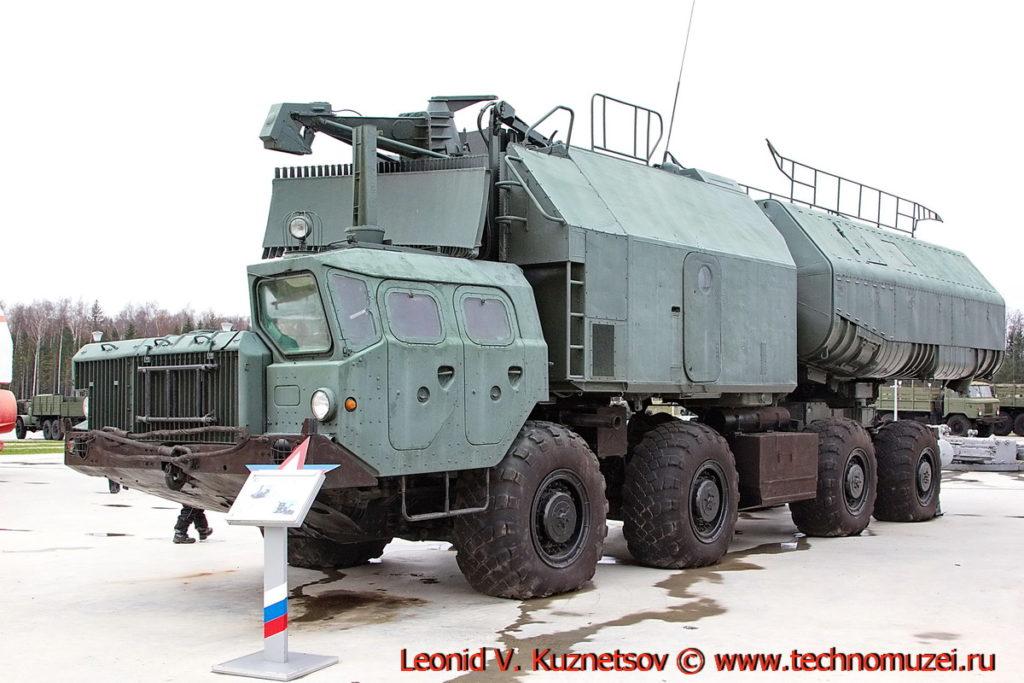 Пусковая установка 3М51 берегового комплекса Рубеж в парке Патриот