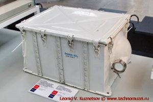 Узлы космического корабля Восход в павильоне Космос на ВДНХ